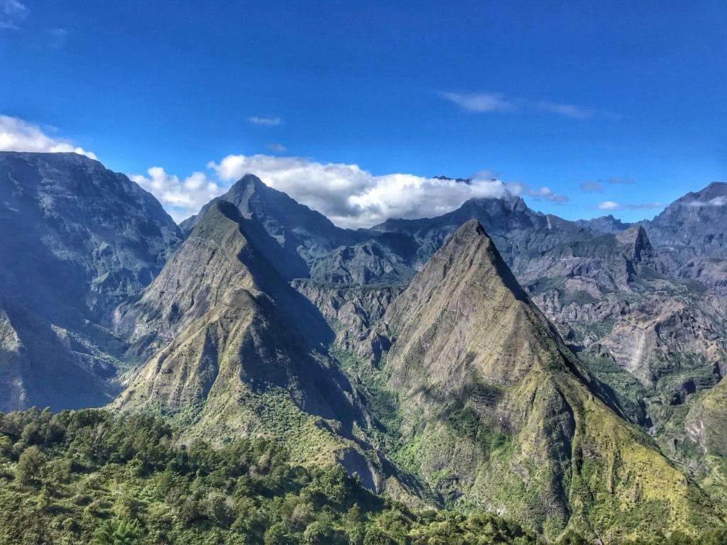 Mafate, montagnes à La Réunion