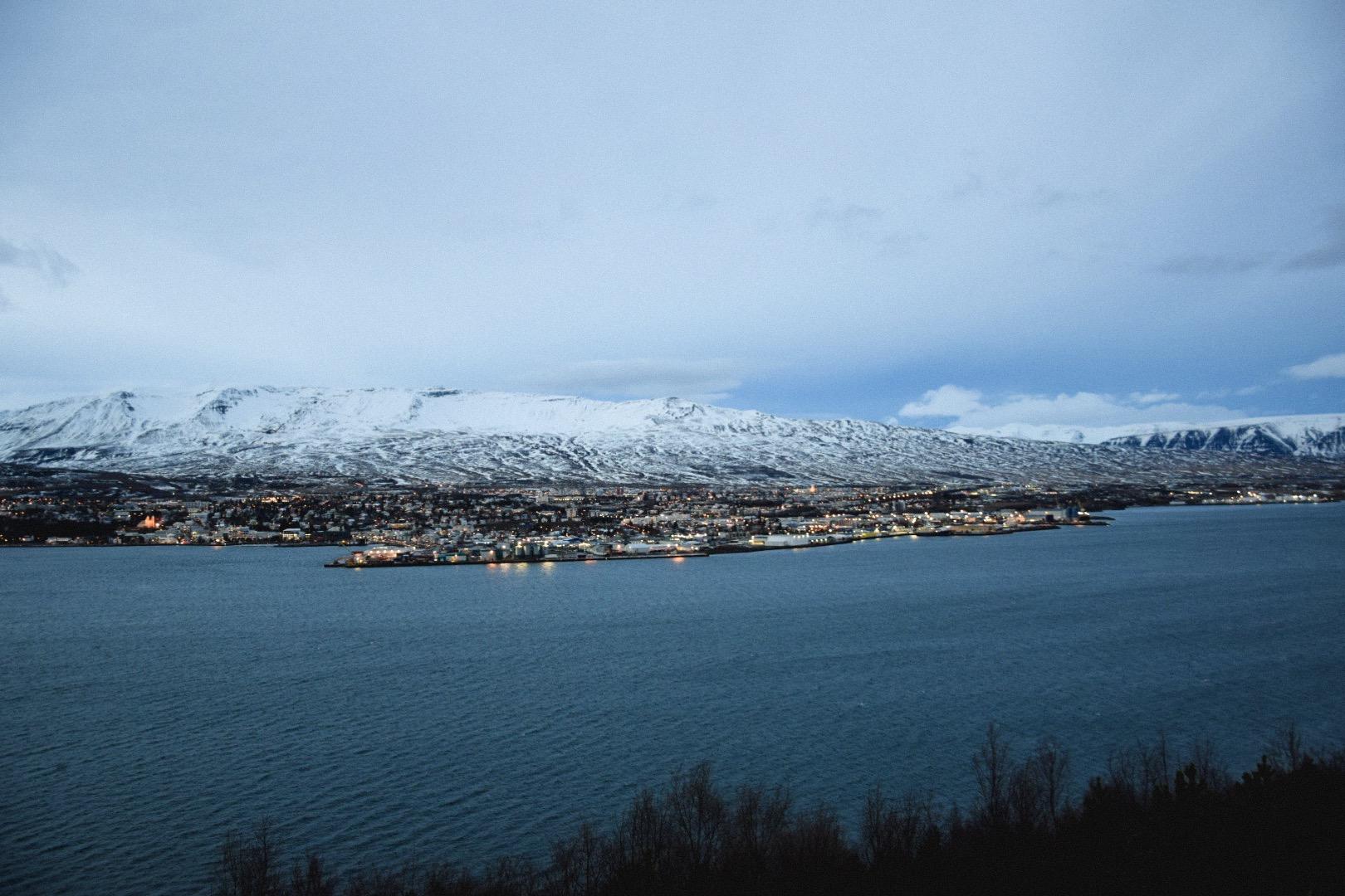 Trollaskagi vue sur Akureyri