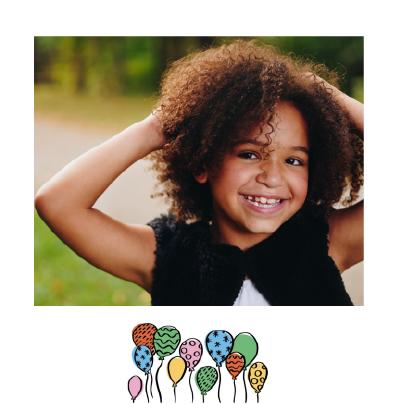 invitation anniversaire petite fille avec ballons