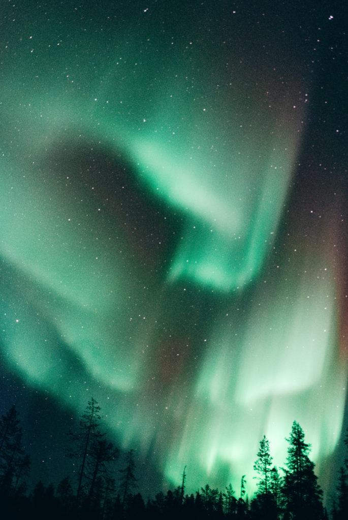 Aurore boreale a Ylläsjarvi en Finlande