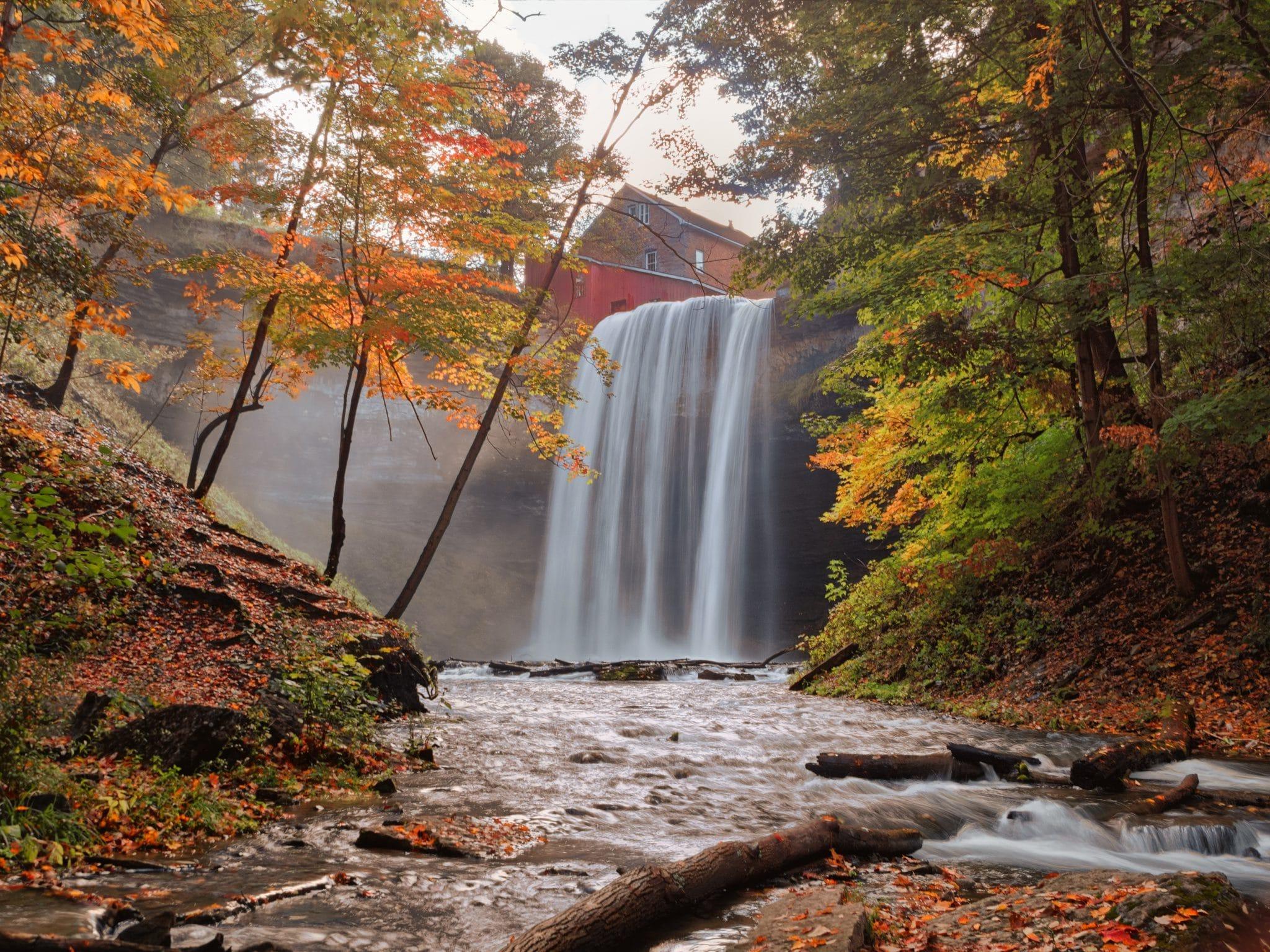chute d'eau, aller au canada le temps d'un automne