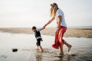 famille sur plage normande