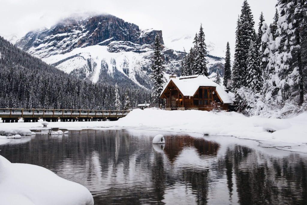 Chalet enneigé au Canada vacances de noel 2019