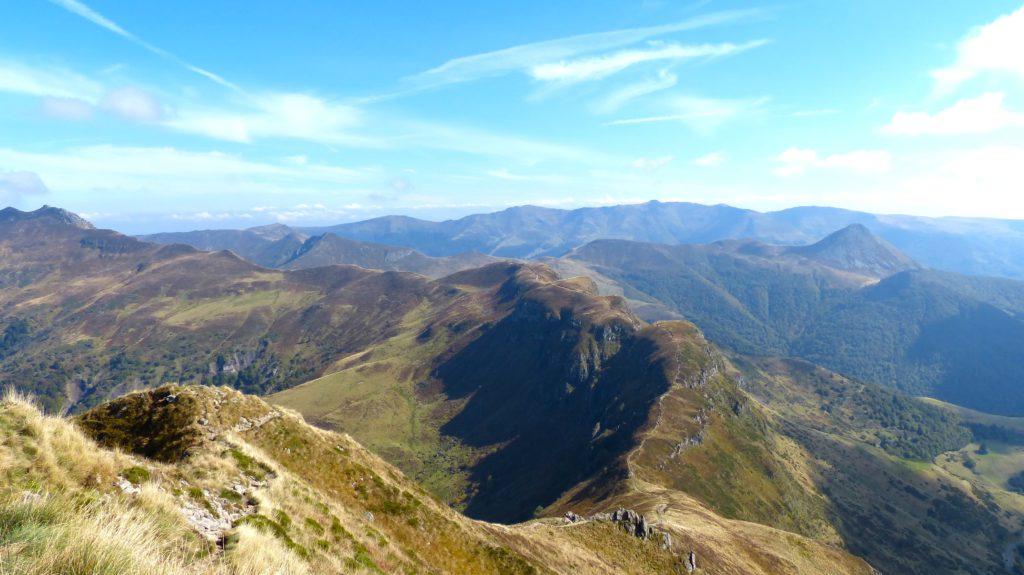 Montagnes et vallees du Cantal en France