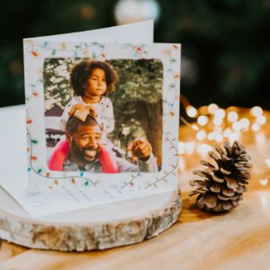 Carte de Noël père et fille guirlandes
