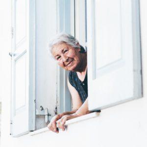 Comment faire plaisir a sa mamie pour la fete des grands-mères ?