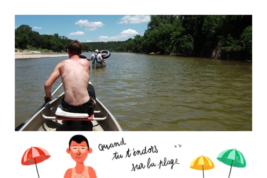 Carte postale drôle d'été sur les traces de bronzage