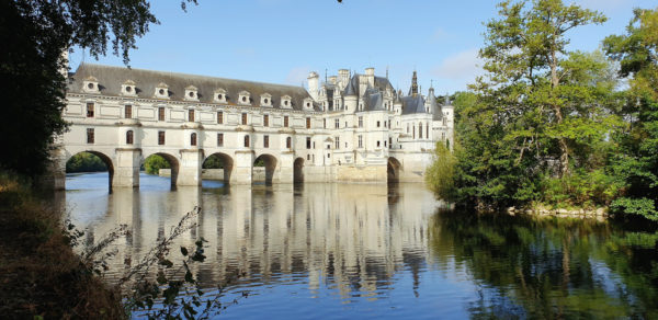 Chateau de Chenonceau avec pont arches