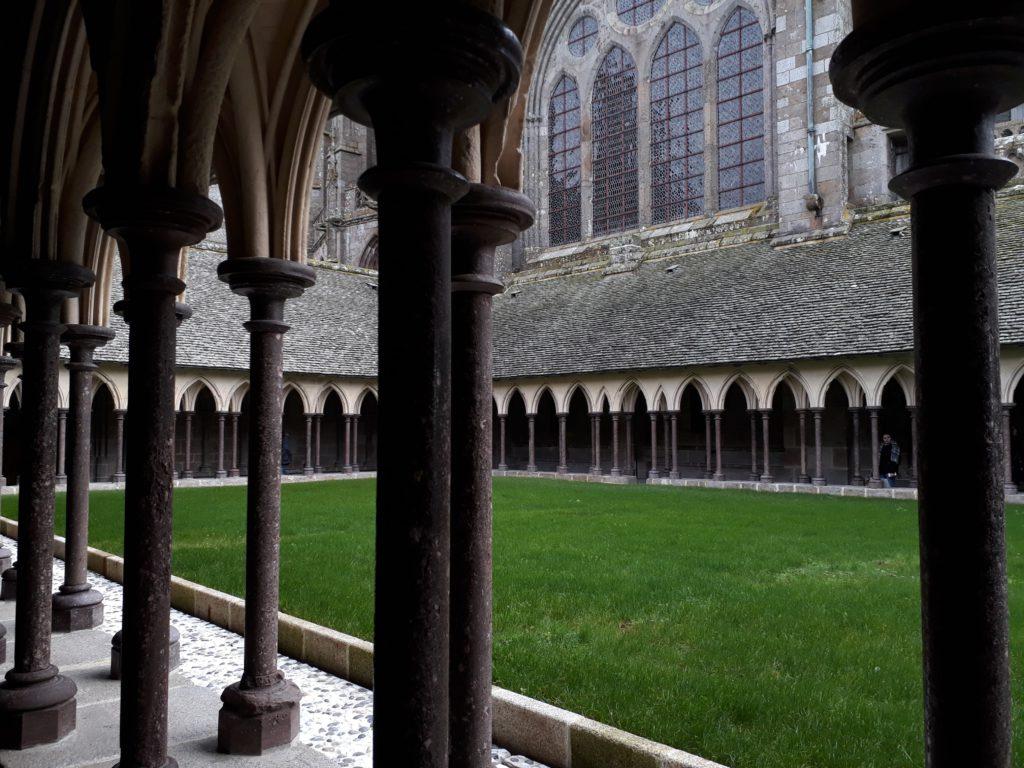 Cloitre Abbaye du Mont Saint Michel Normandie