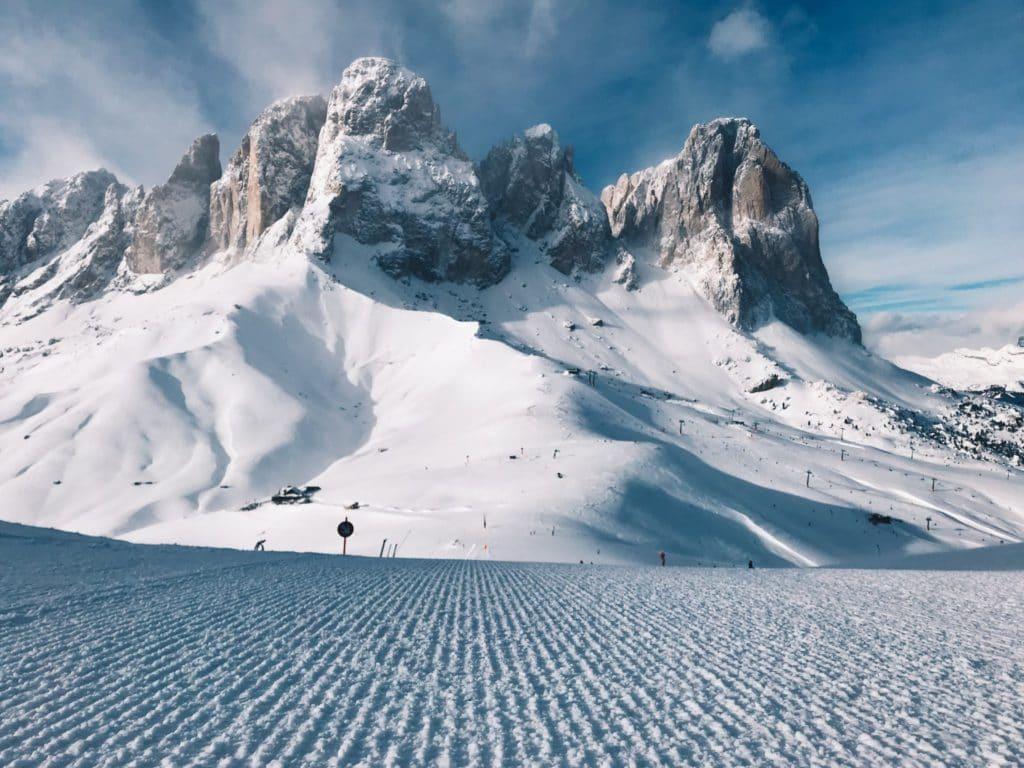 Piste de ski dans les Dolomites