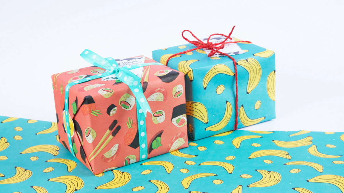 Emballage cadeau de Noel original avec journal, origami, tissu
