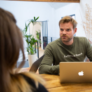 Vincent cofondateur de Fizzer entreprise a 100% en teletravail en France