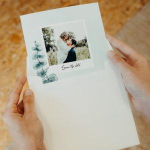 save the date eucalyptus dans enveloppe Fizzer