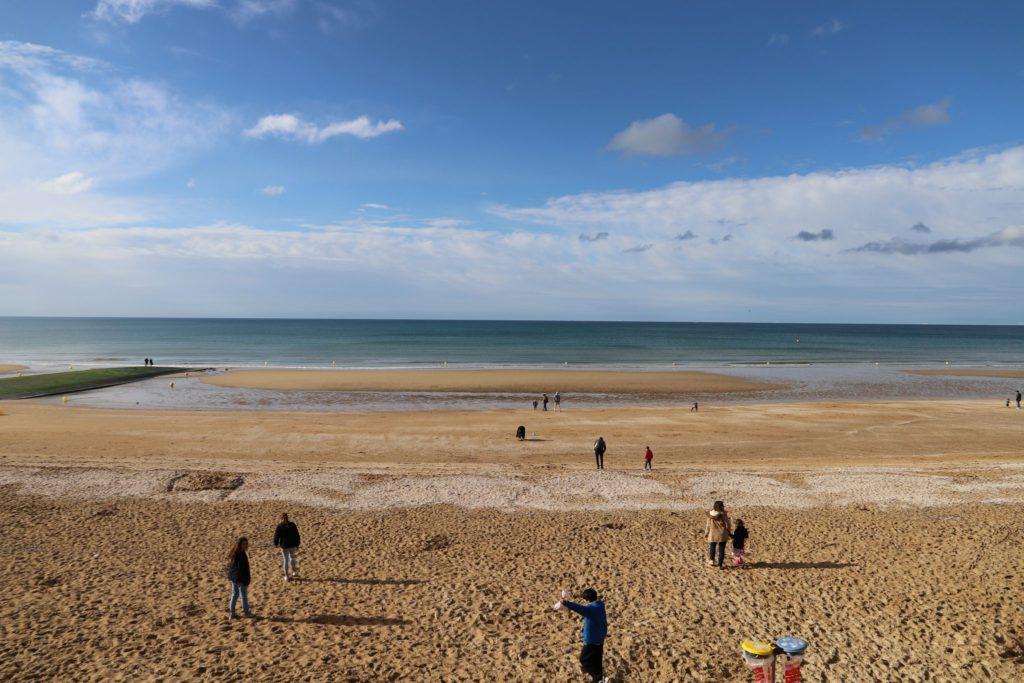 plage de Cabourg dans le Calvados en Normandie