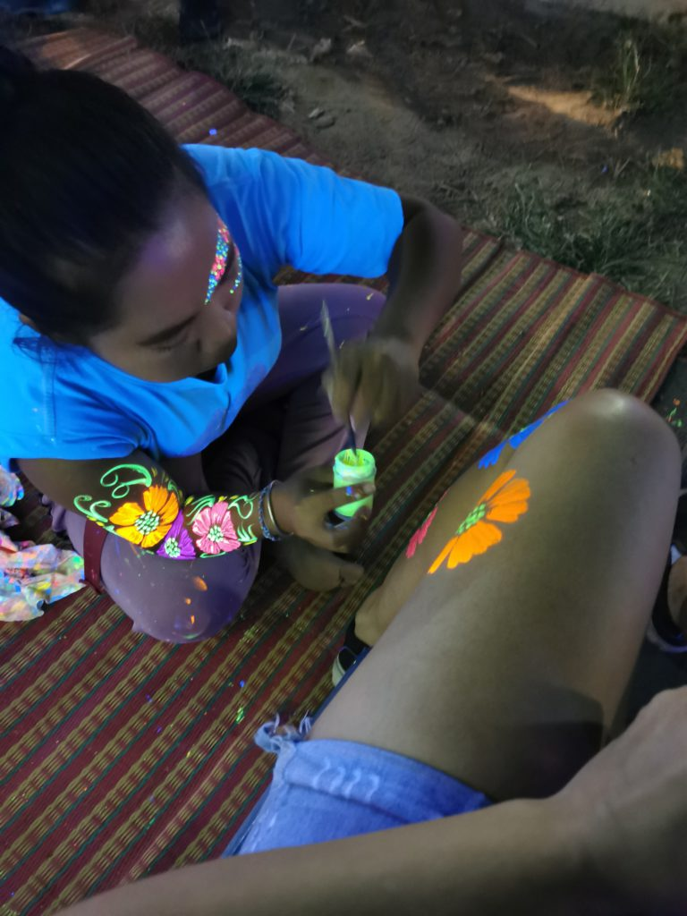 tatouage peinture full moon party