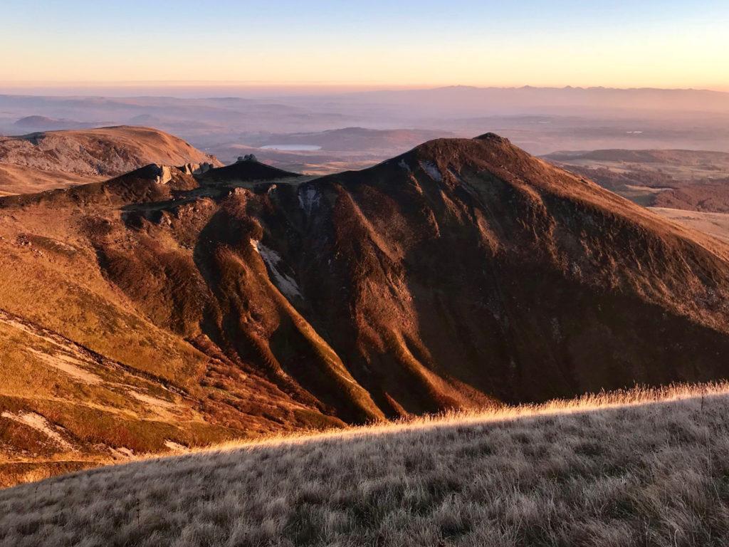 vue sur volcans d'Auvergne