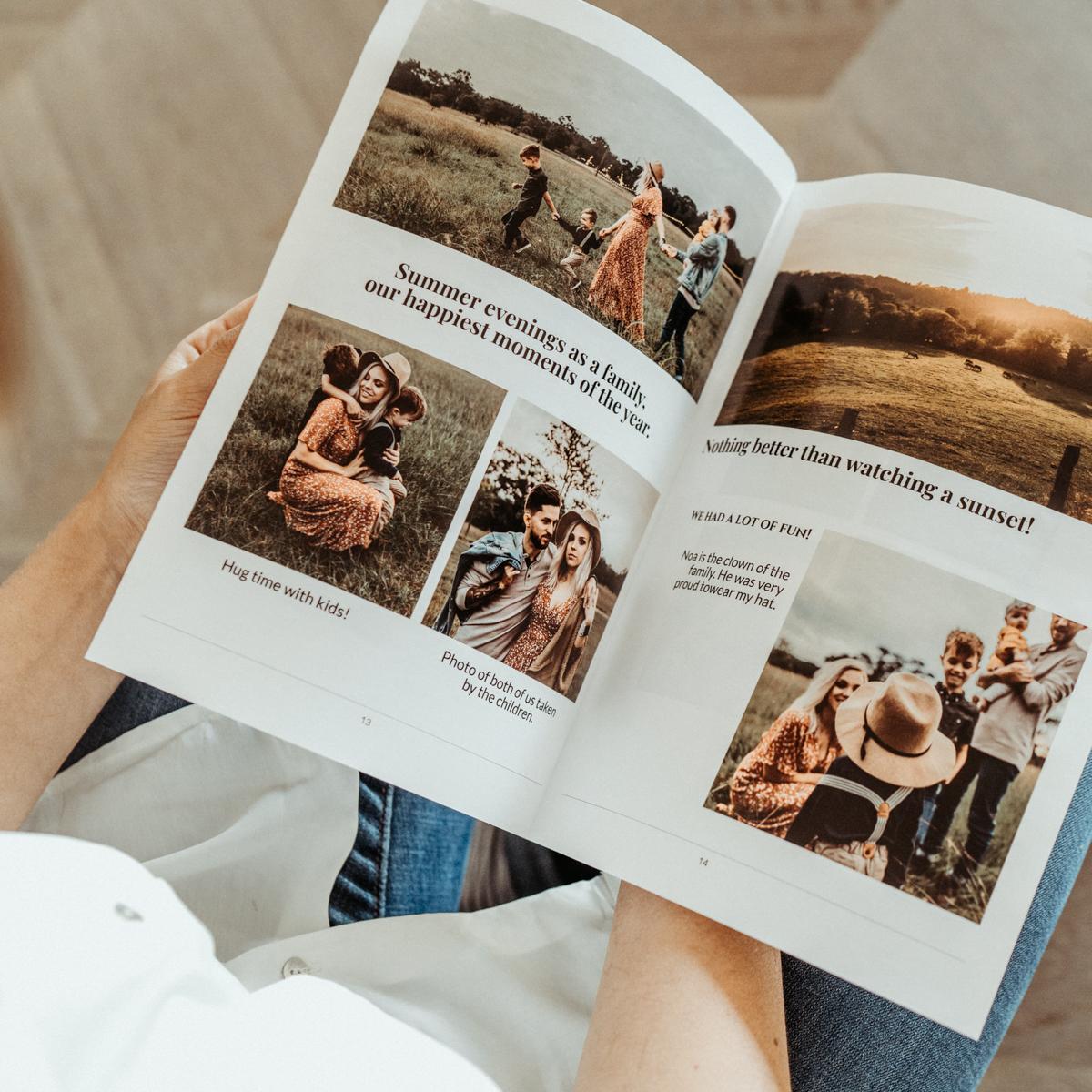 mains tenant journal avec photos en famille