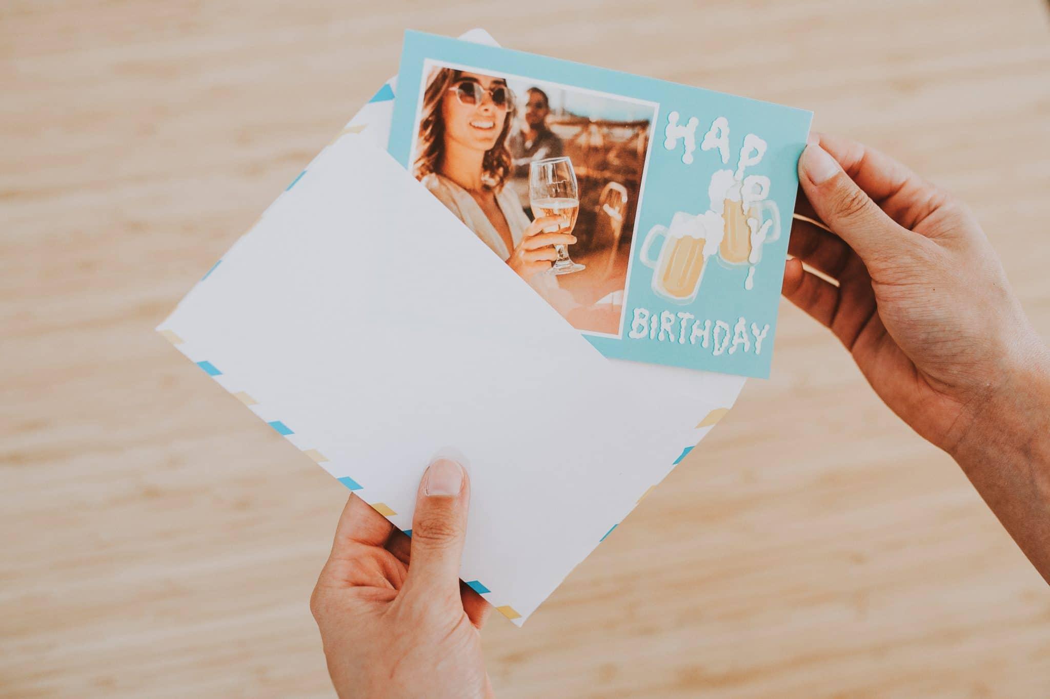 Carte anniversaire adultes Fizzer