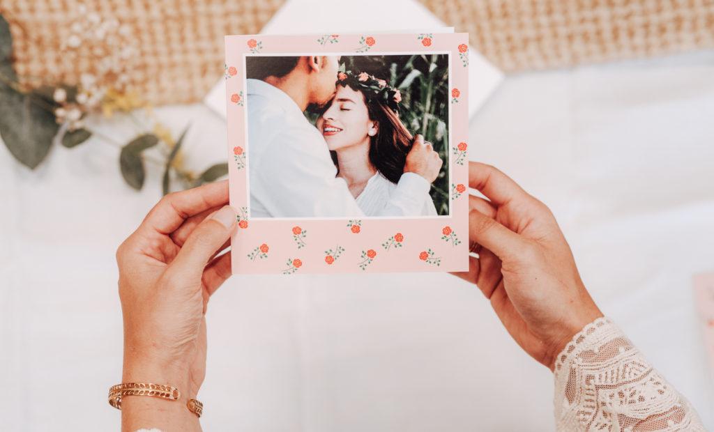 Faire-part de mariage Fizzer avec fleurs