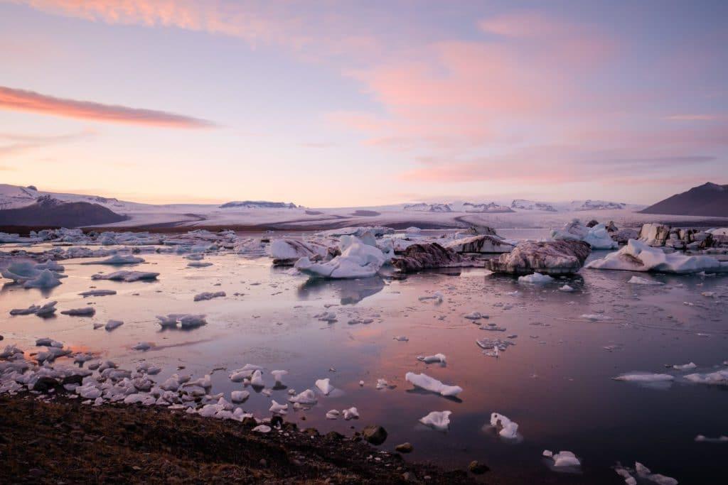Islande pour les vacances de noel 2019 entouré de glace