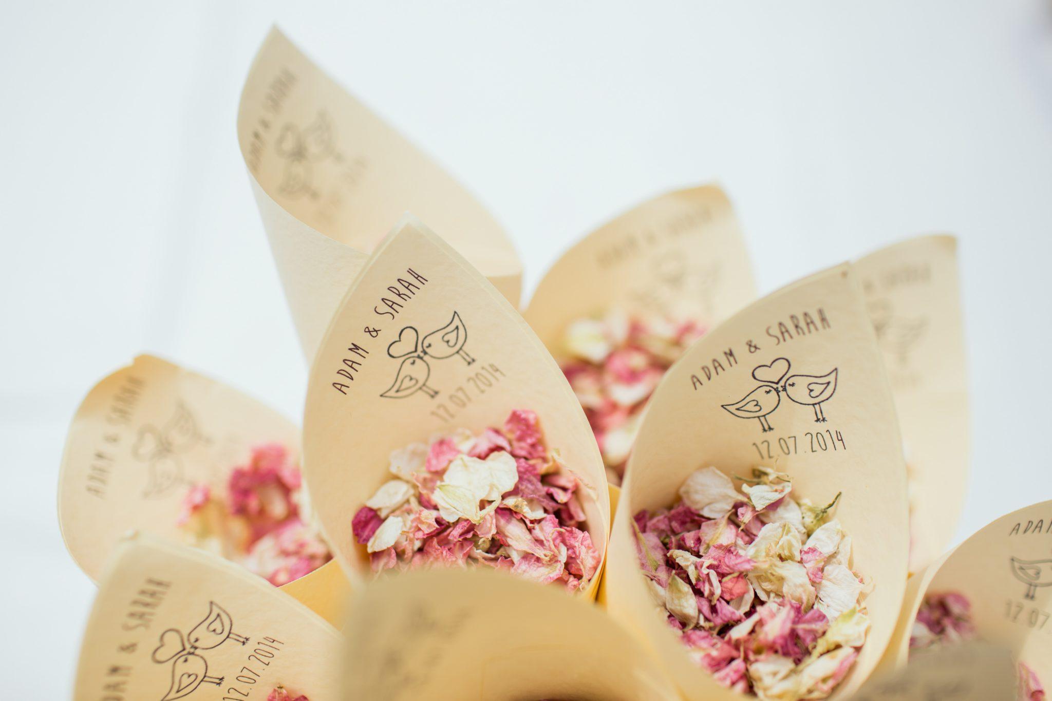 fleurs sechees pour jeux et animations de mariage