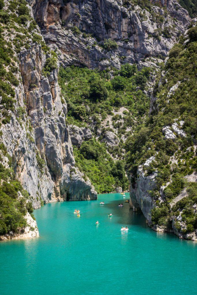 Lac de Sainte-Croix Gorges du Verdon avec canoe et pedalos