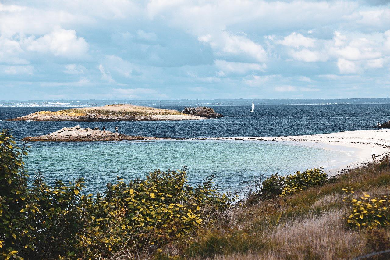 Eau turquoise archipel des Glenan Bretagne