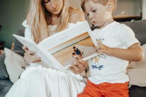 Livre de naissance Fizzer avec maman et enfant