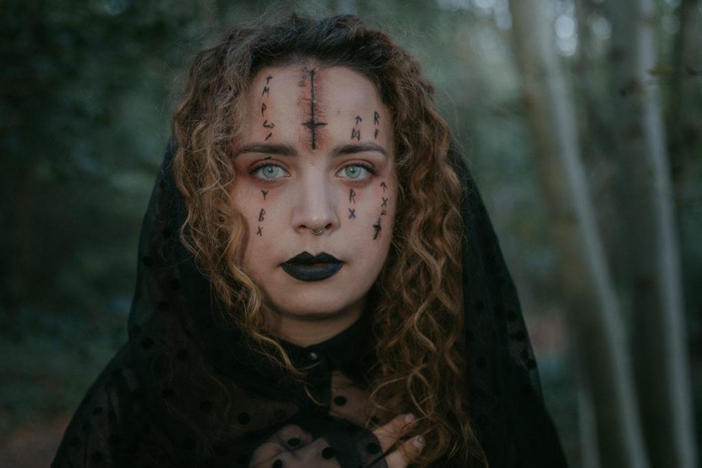 Maquillage de sorciere pour Halloween