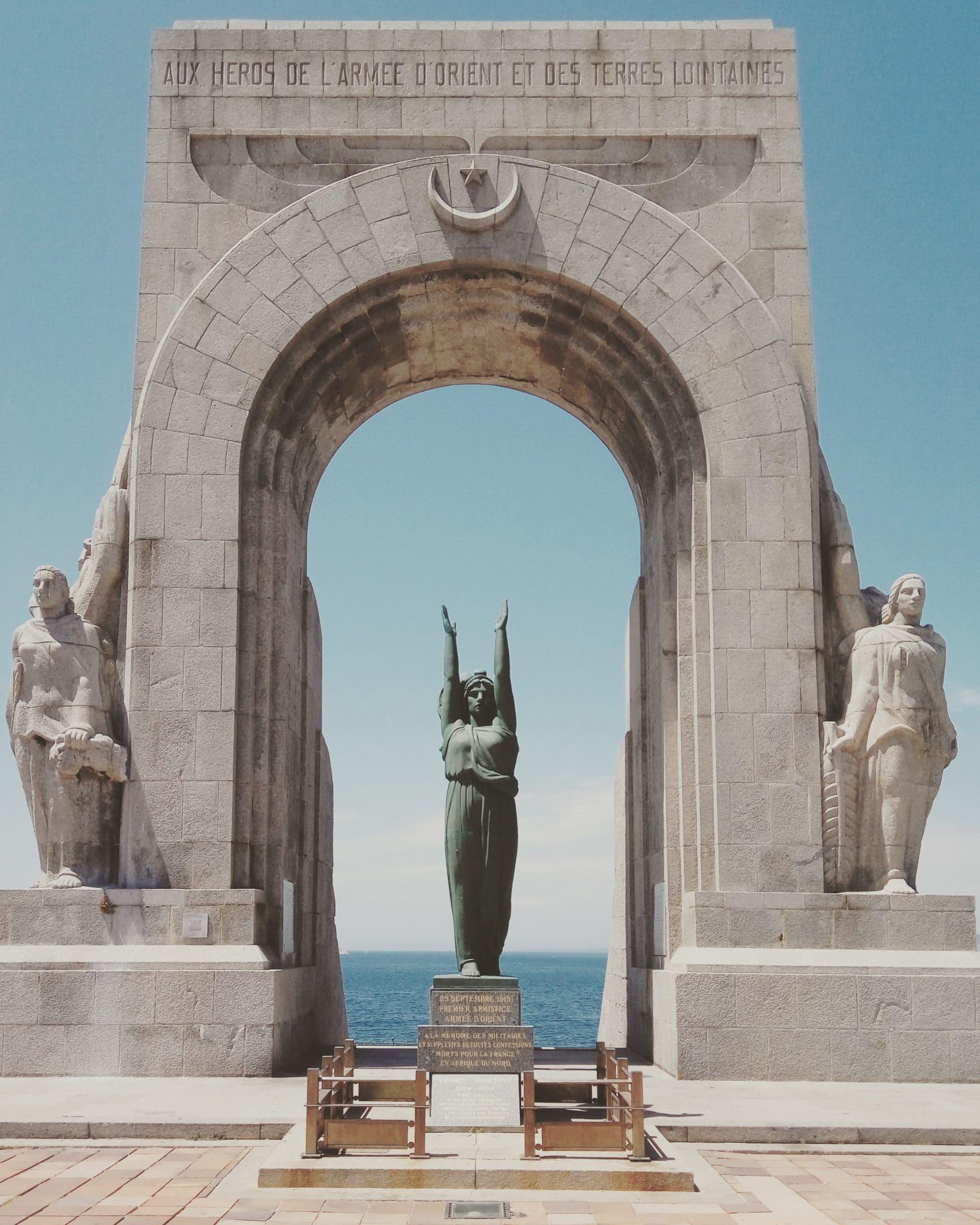 Statue à Marseilles