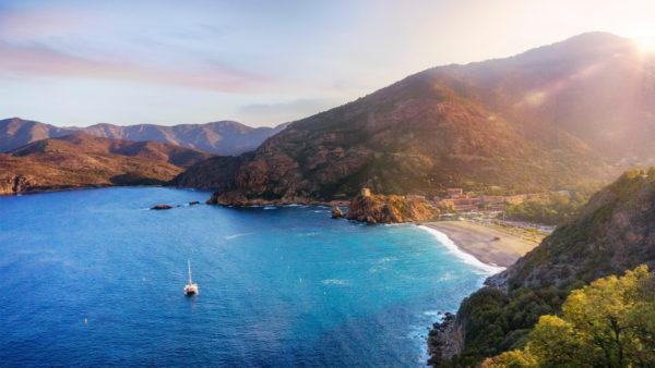 Oeil de Sainte-Lucie pierre porte bonheur Corse