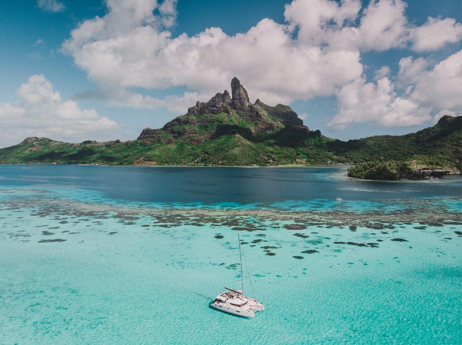 Paysages turquoise de la Polynésie Française, idéal pour un voyage de noces