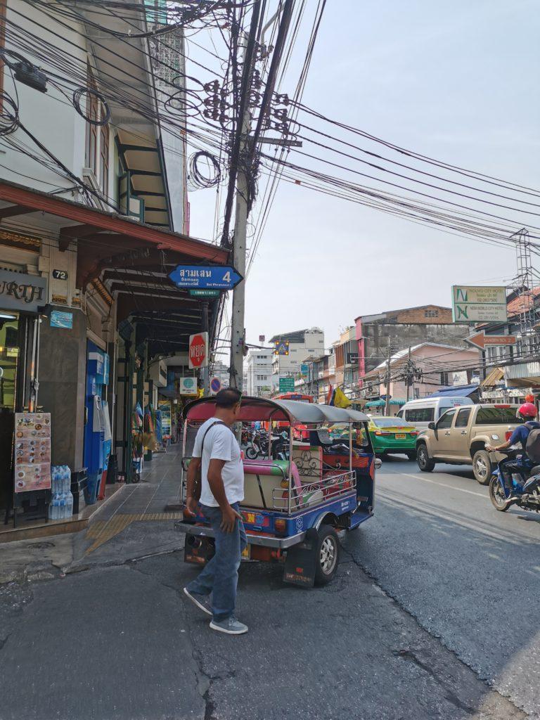 rue de bangkok pendant voyage en thaïlande