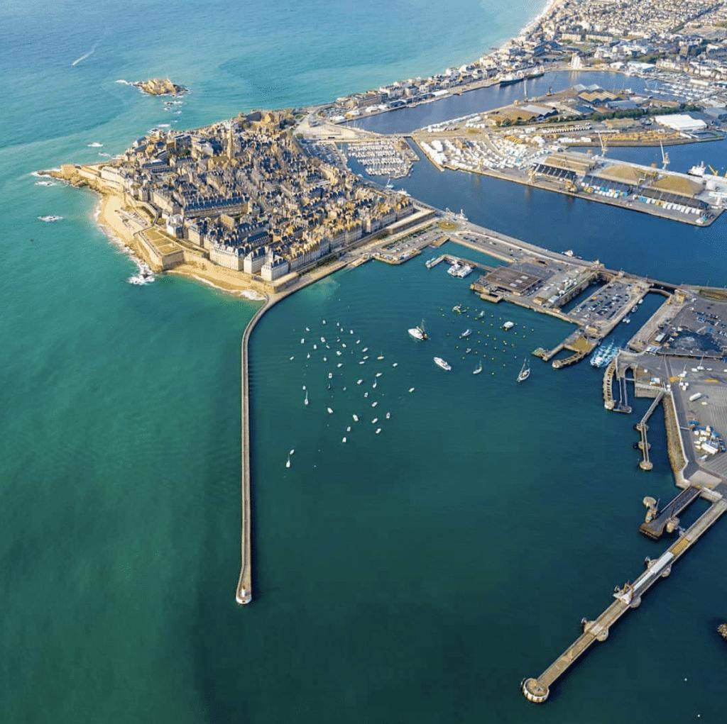 Port et remparts de Saint-Malo, Bretagne