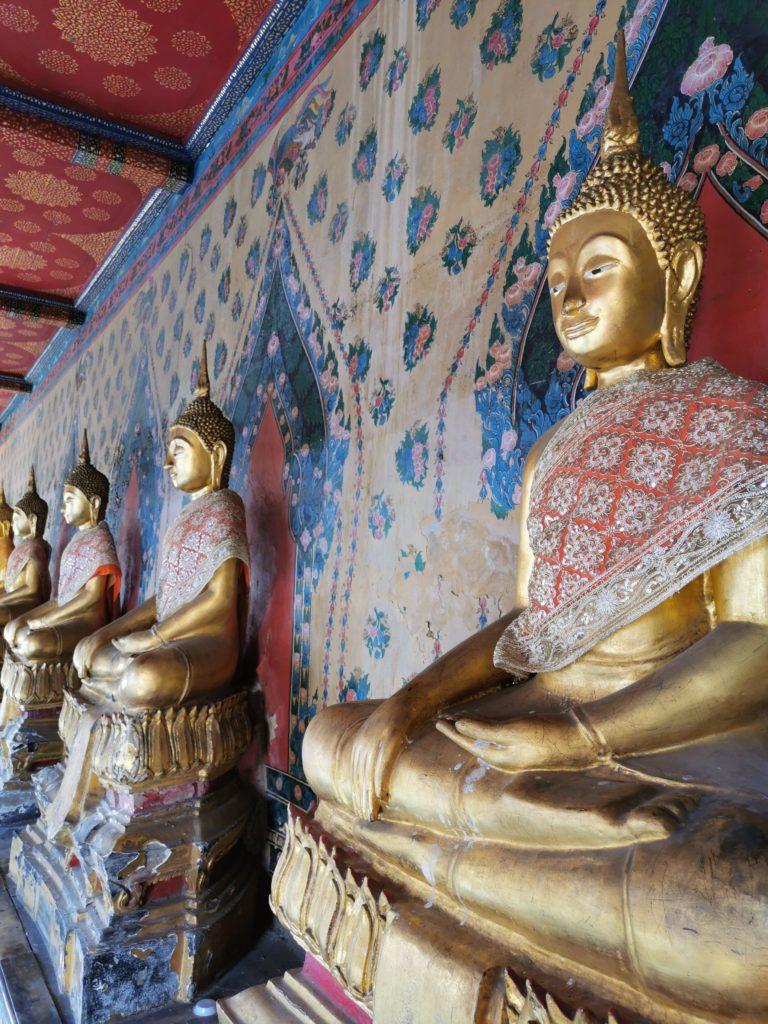 suite de bouddhas