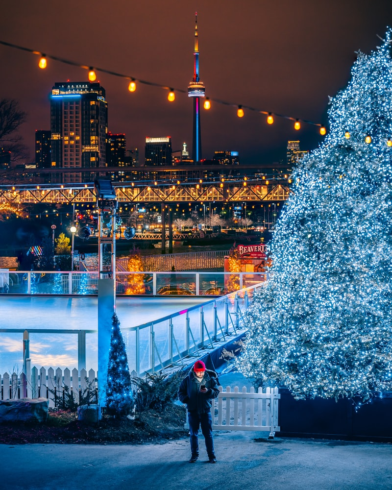 Patinoire de Torondo pour Noel au Canada