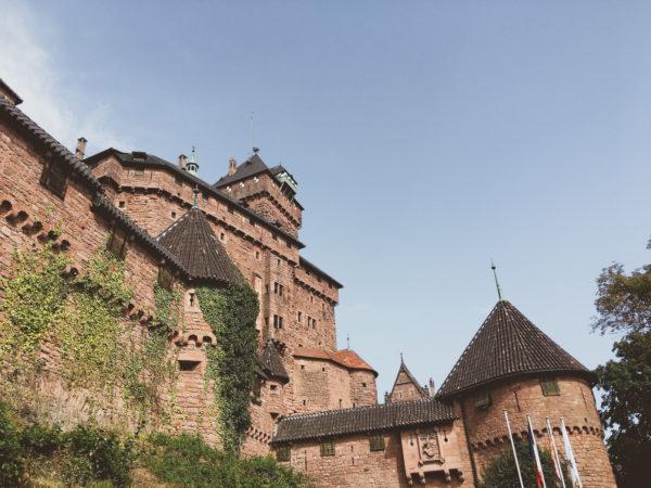 Facade et tour du chateau du Haut-Koenigsbourg